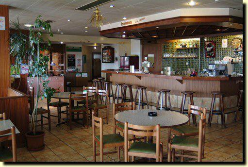 Hôtel-Restaurant Le Parc / Restaurant Les 4 Saisons